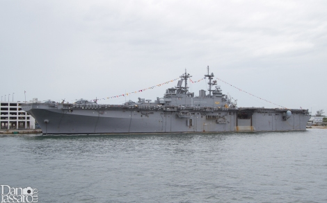 LHAN-10 USS TULAGI Amphibious Assault Ship